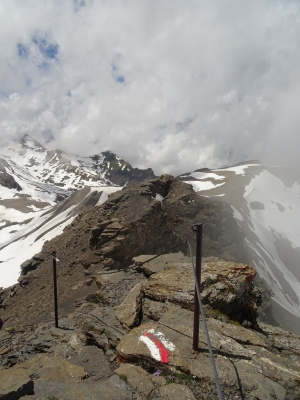hiking trail near Schilthorn